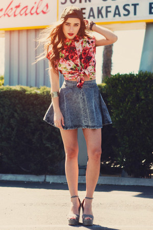 blue threadsence skirt - red BB Dakota blouse - black threadsence wedges