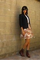 white crochet front vintage blouse - brown vintage shoes
