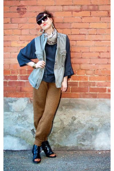 bronze American Apparel pants - charcoal gray tunic French Connection top
