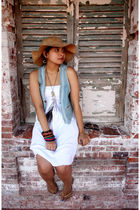 white thrift dress - gold flip-flops havainas shoes - blue thrift vest