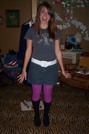 American Eagle shirt - white belt - blue Old Navy skirt - pink tights - black TO