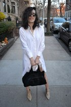 peach shoes - white shirt dress Guess dress - black Marc by Marc Jacobs bag