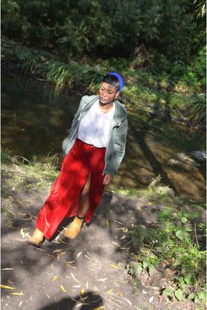 Timberland boots - vintage skirt - American Apparel hoodie