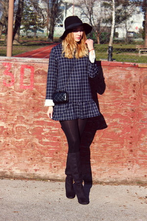 plaid Oasapcom dress - H&M boots - H&M hat - clutch Oasapcom bag
