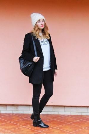 ankle boots Zara shoes - beanie Zara hat