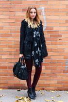 H&M scarf - Primark boots - vintage sweater - H&M leggings - Romwecom vest
