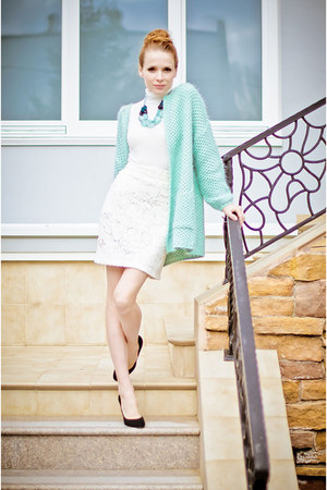 aquamarine Miss Nabi cardigan - white Kristines Collection skirt