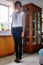 t-shirt - MNG jeans - Charles & Keith - accessories