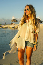 eggshell acne blouse - blue Zara shorts