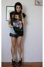 Sky-blue-lace-denim-vintage-shorts-black-vintage-t-shirt