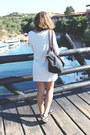 Ivory-filippa-k-dress-black-longchamp-bag-black-ray-ban-sunglasses
