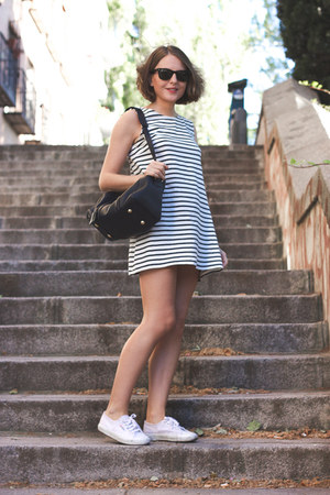 white Wood Wood dress - navy Louis Vuitton bag - black ray-ban sunglasses