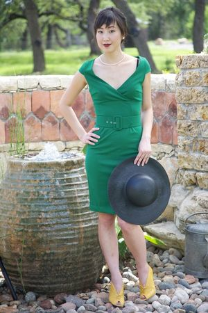 green BB Dakota dress - yellow giraudon shoes - black thrifted hat