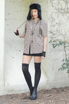 black peep toe wedge boots - black hat - light brown Trashy Vintage shirt - blac