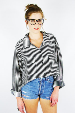 black Trashy Vintage shirt