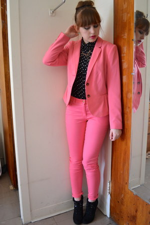 black Forever 21 boots - black MINE top - bubble gum H&amp;M suit