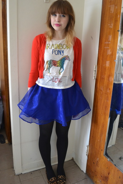 blue H&M skirt - ruby red Forever 21 cardigan - white H&M top