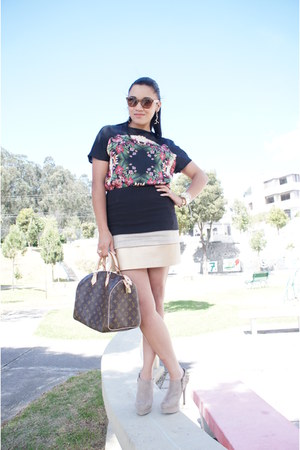 black Zara skirt - red Mango shirt - light brown Louis Vuitton bag