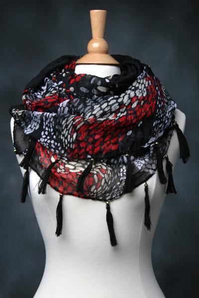 tricisny scarf