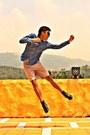 5cm-boots-giordano-shorts-aldo-sunglasses-calvin-klein-top