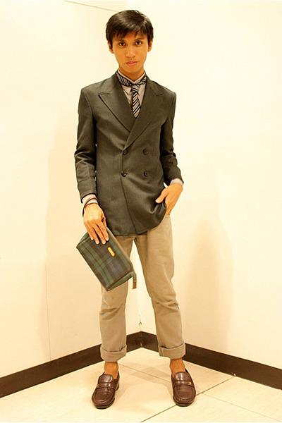 black sm dept store tie - dark brown florsheim shoes