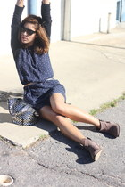 navy Juicy Couture dress - light brown Steve Madden shoes