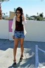 Levis-shorts-h-m-blouse-vintage-top-missoni-wedges