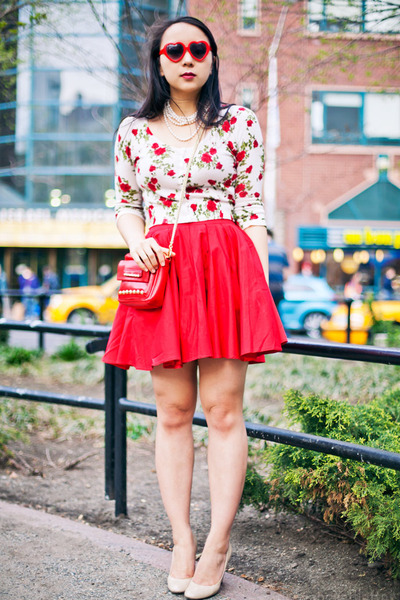 red studded bag - off white floral sweater - brick red retro sunglasses