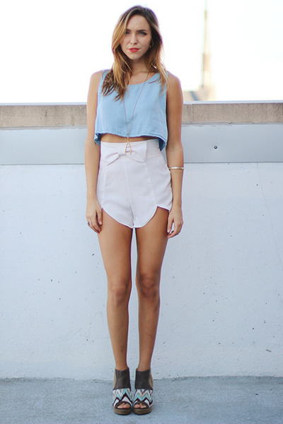 crepe Solemio shorts - wedge Qupid shoes - crop brandy melville top