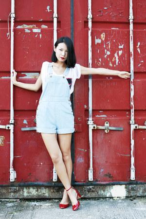 light blue American Apparel shorts - white H&M t-shirt - ruby red Zara pumps