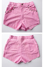 Bubble-gum-cut-off-shorts