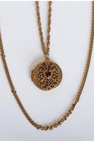 gold vintage necklace