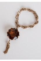 Gold-vintage-bracelet