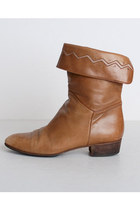 Light-brown-vintage-boots