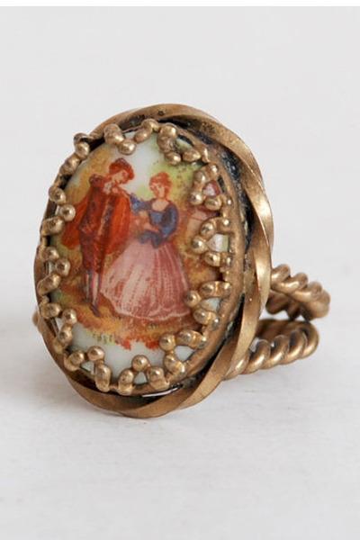 gold vintage ring