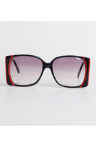 Vintage 70s Oversized Black & Red Sunglasses