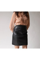 Black-byrnes-and-baker-skirt
