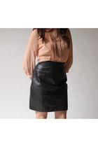 Black-byrnes-and-baker-skirt