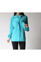 Turquoise-blue-au-cuarrat-blouse
