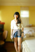 ivory Forever 21 sweater - blue high-waisted chatuchak shorts
