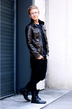 black Forever 21 boots - black Levis jeans