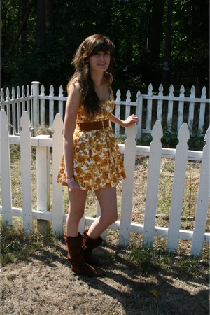 Forever21 dress - Forever21 belt - Urban Outfitters boots