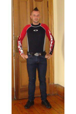 purple Cheap Monday jeans - black Oneil shirt