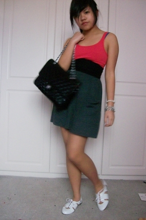 H&amp;M top - American Apparel skirt - American Apparel belt - Topshop shoes - Chane