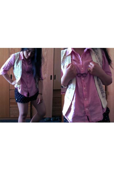 pink Gap blouse - black Aeropostale shorts