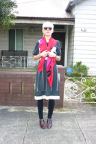 beige cotton vintage dress - red silk scarf