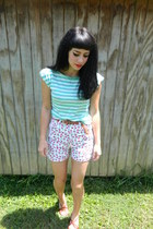 aquamarine striped H81 shirt - white floral Route 66 shorts