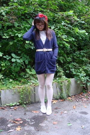 American Apparel sweater - thrift belt - Topshop shoes - Dorothy Perkins stockin