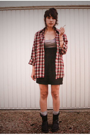 red Lidl shirt - gray H&amp;M top - black H&amp;M skirt - gray H&amp;M socks - black Frye bo