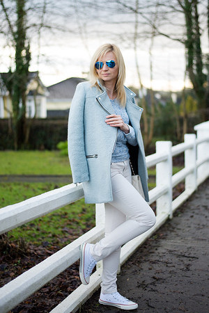 Stradivarius coat - off white Converse flats